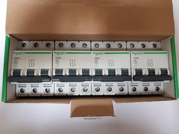 4x Schneider Electric 23777 C60N C25 Sicherungsautomat Leitungsschutzschalter LS 3-polig